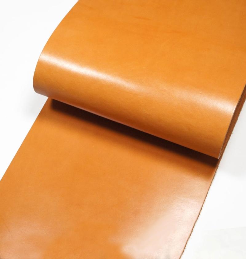 Leather cut in 30cm width, Hermann Oak UK Bridle Leather <Tan>