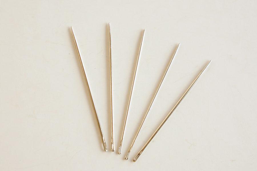 Round Point Sewing Needle - Short (5 pcs)