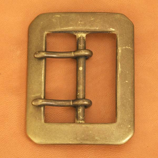 Double Prong Buckle 40AGB