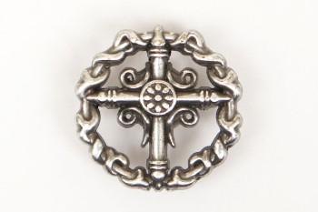 Concho Ivy Cross