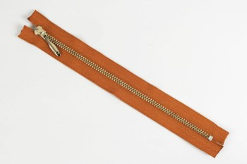 LC Zipper (YKK) 18 cm ( Nickel ) (1 pc)