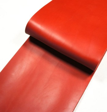 Leather cut in 30cm width, Tochigi Aniline Leather Classic<Red>