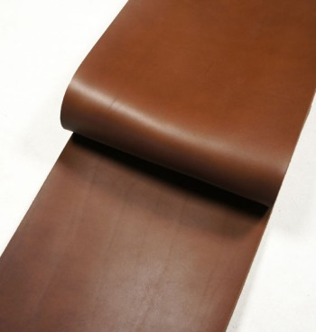 Leather cut in 30cm width, Tochigi Aniline Leather Classic<Chocolate>(27 sq dm)
