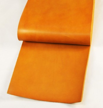 Leather cut in 30cm width, LC Premium Dyed Leather Struck Through <Tan>