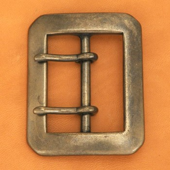 Double Prong Buckle 40AGN(1 pc)