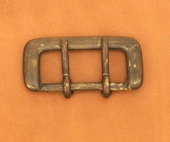 Strap Buckle Double Prong 35AGB