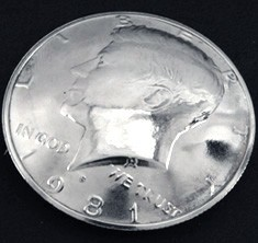 Old Kennedy Half Dollar 1971 (Obverse) <Loop Back>
