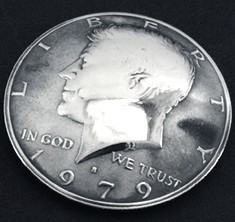Old Kennedy Half Dollar 1971 Matte Finish (Obverse) <Screw Back>
